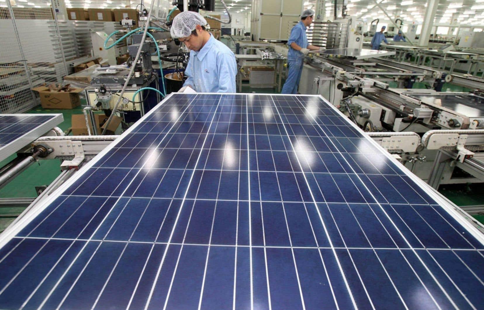 General Electric a revendu PrimeStar Solar, abandonnant ses prétentions dans le secteur de l'énergie solaire en raison de la chute des prix provoquée par les fabricants chinois.