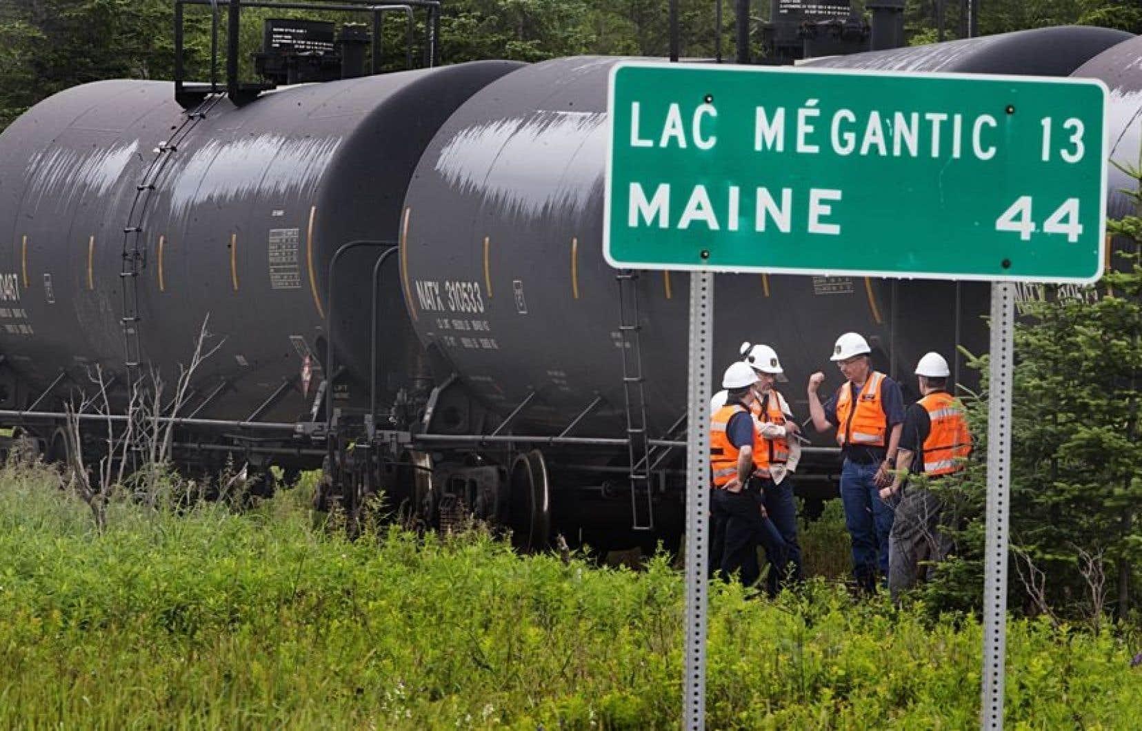 Le train qui a déraillé à Lac-Mégantic il y a un mois appartenait à la société Montreal, Maine and Atlantic.