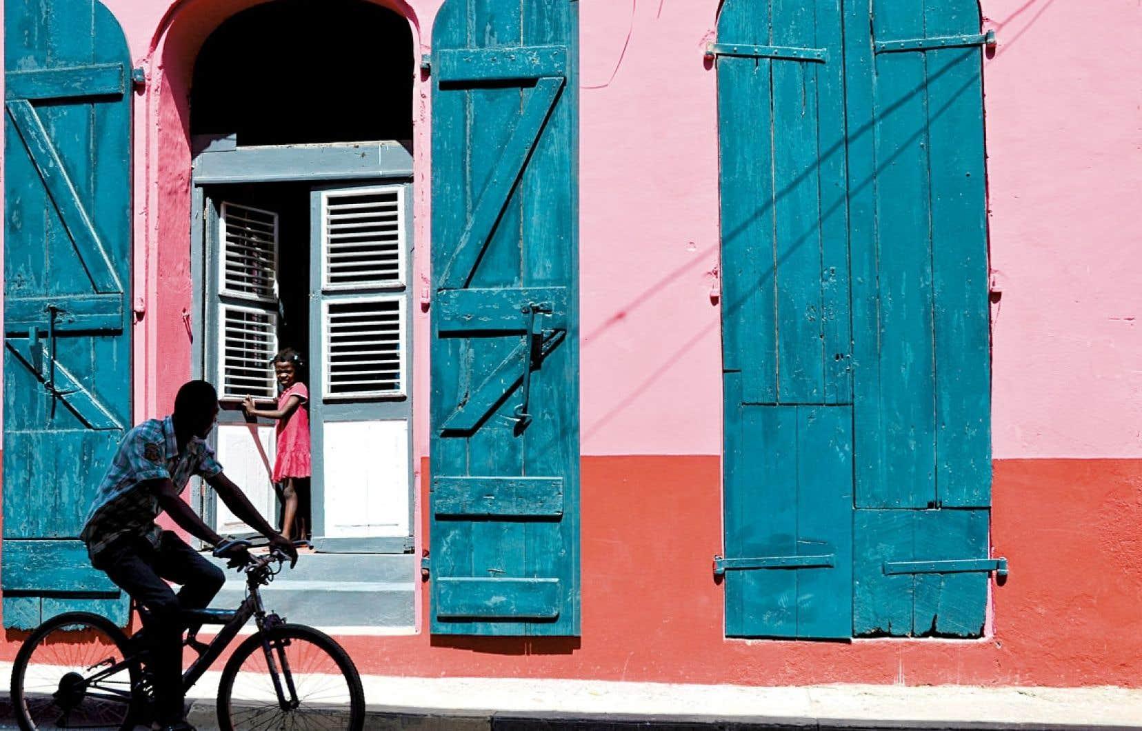L'une des maisons très colorées de Cap-Haïtien.
