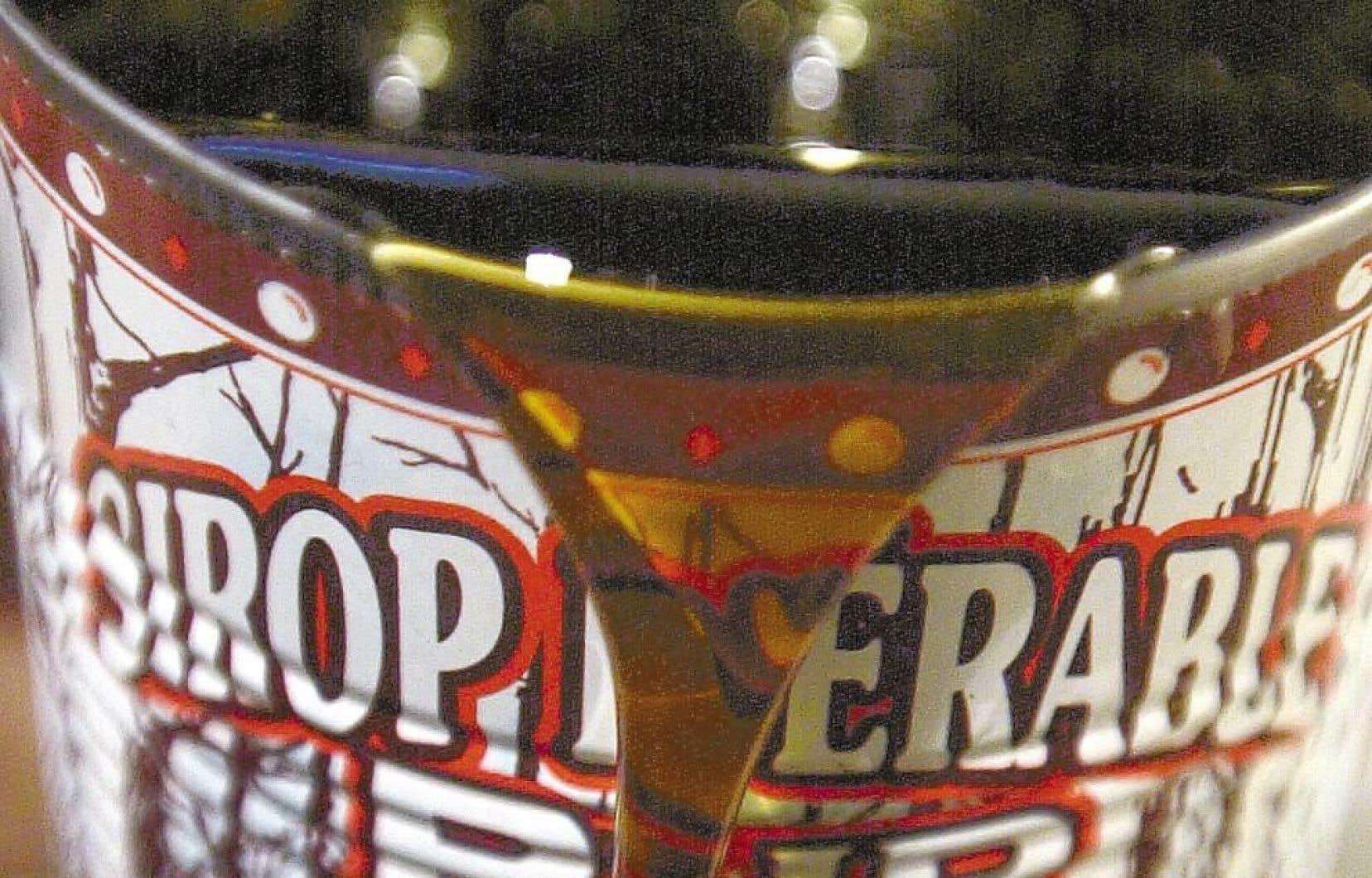 Dénonçant un « cartel de l'érable », des producteurs de sirop d'érable s'efforcent de faire éclater en mille morceaux le système de gestion de l'offre au Palais de justice de Sherbrooke et de… récupérer leurs centaines de barils du précieux liquide.