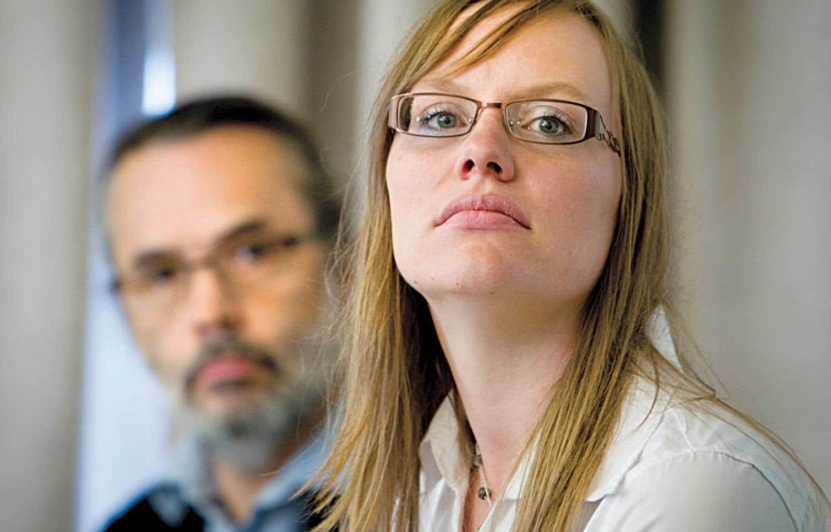 Serge Lefebvre et Amélie Pelletier ont témoigné mardi des conséquences des compressions.