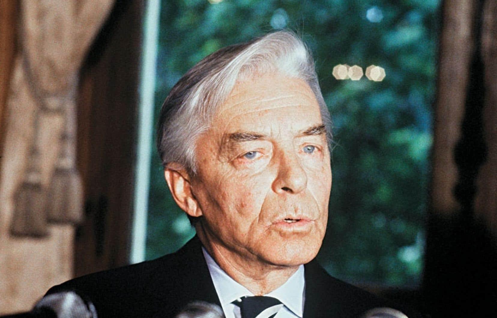 Au Québec, on a toujours un peu de mal à cerner l'aura du chef d'orchestre Herbert von Karajan.