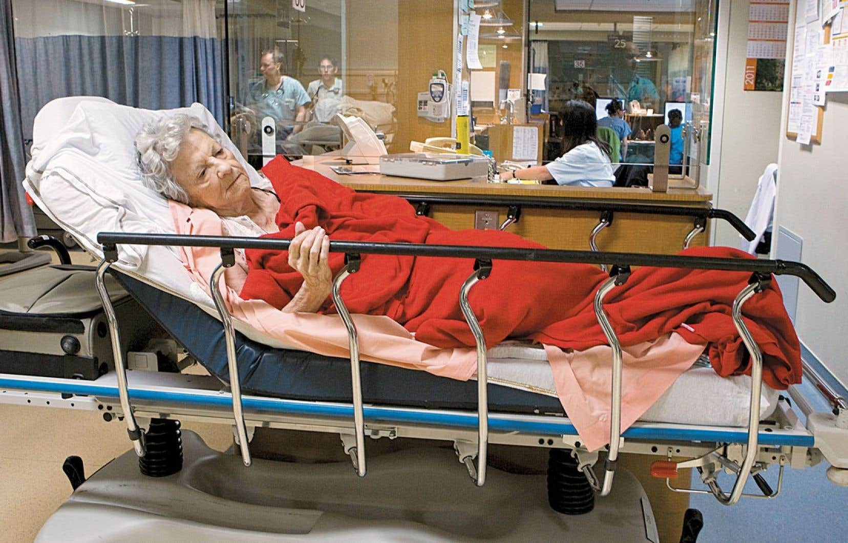 L'accès au réseau des soins de santé est souvent compromis pour les aînés de plus de 85 ans.