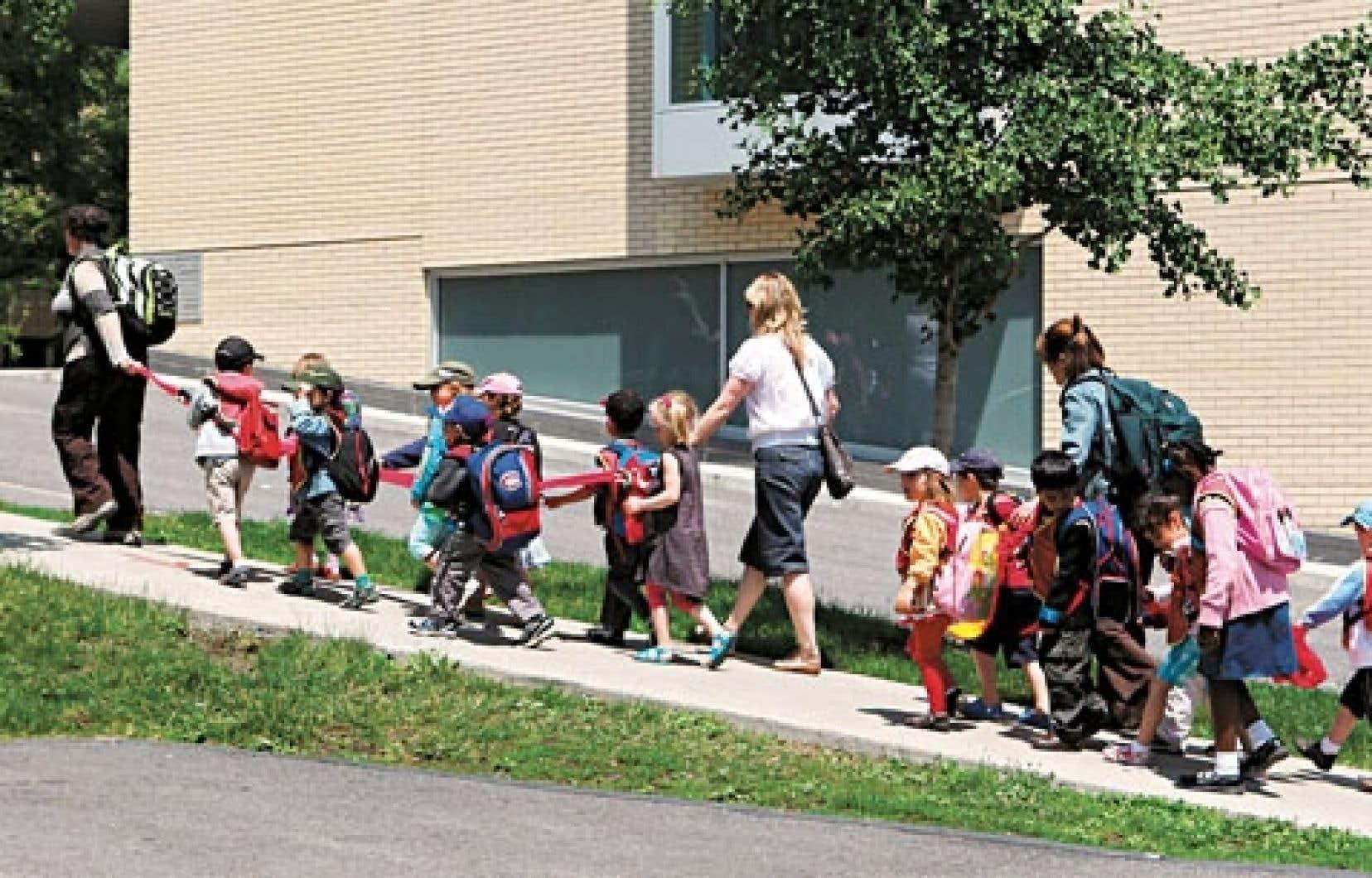 Les expériences en service de garde peuvent mieux préparer les enfants à faire leurs premiers pas à l'école.