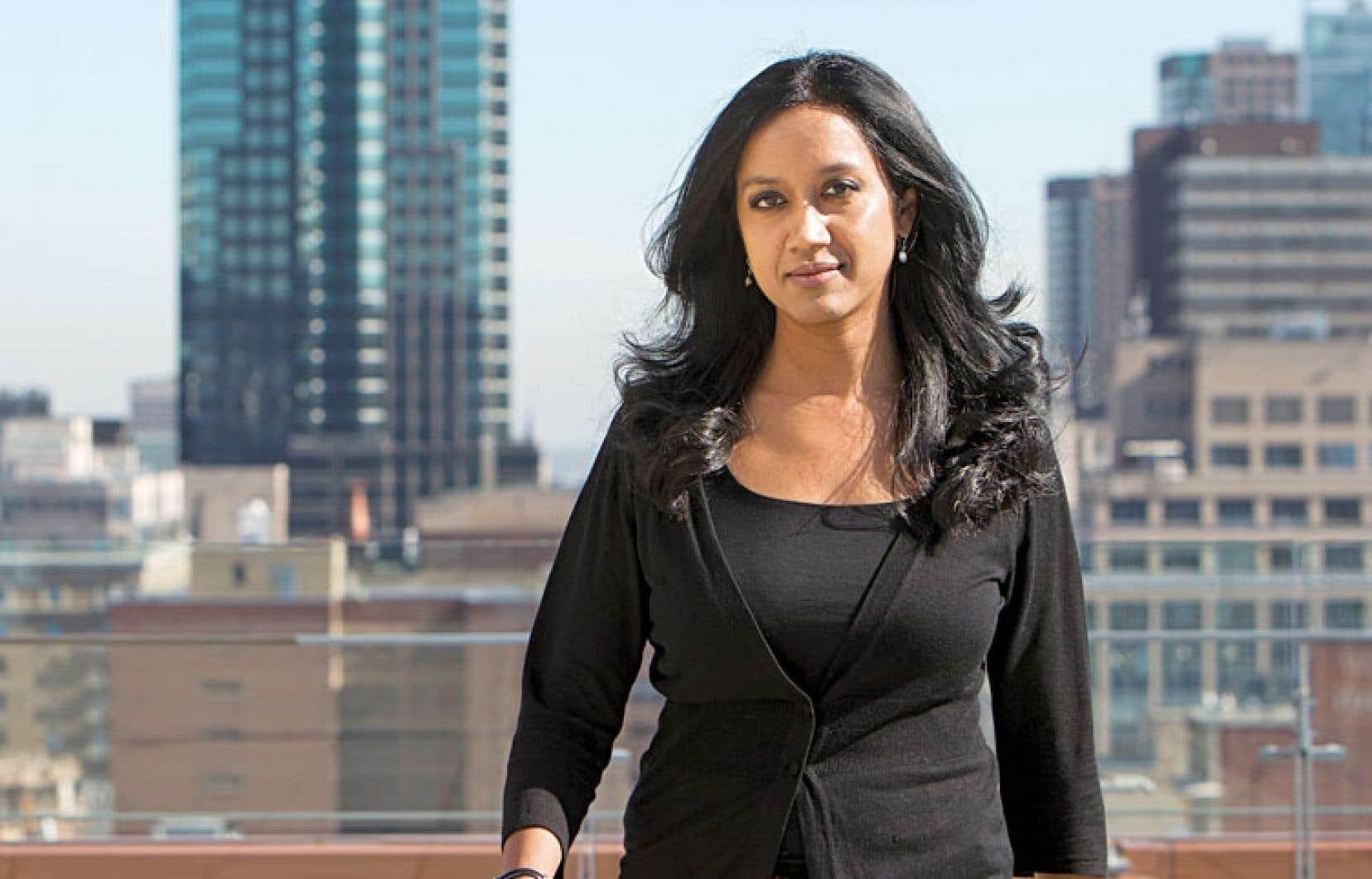 «Avec moins de tout, on peut faire beaucoup plus» — Nadia Bhuiyan, professeure, Université Concordia