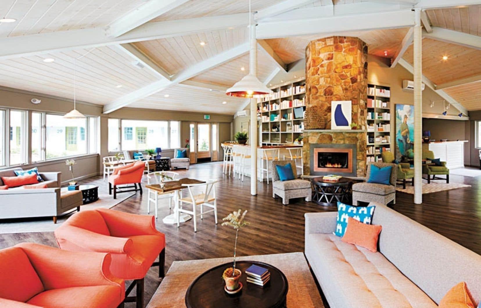 Le pavillon octogonal, point de rencontre des hôtes au Lodge on the Cove.