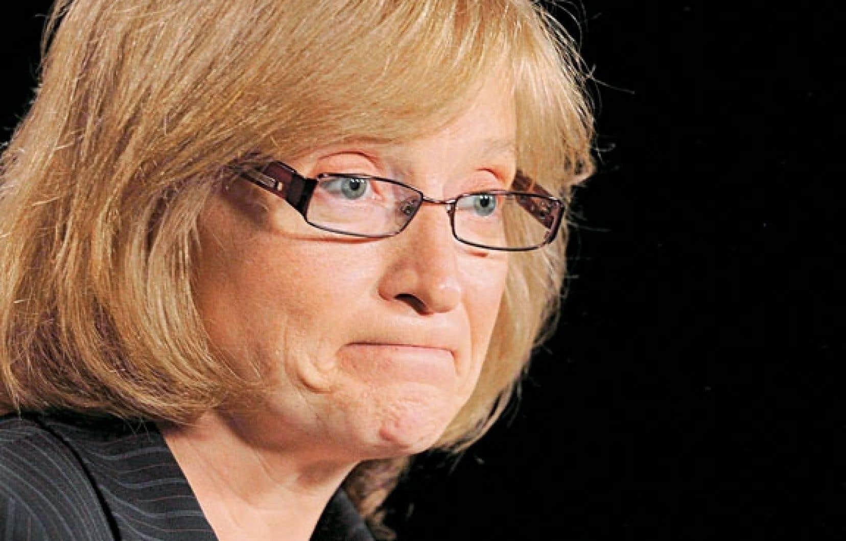 Suzanne Legault, commissaire fédérale à l'information : « C'est mal placé de la part des parlementaires de dire à tout le monde qu'on doit couper dans les dépenses et de ne pas le faire eux-mêmes»