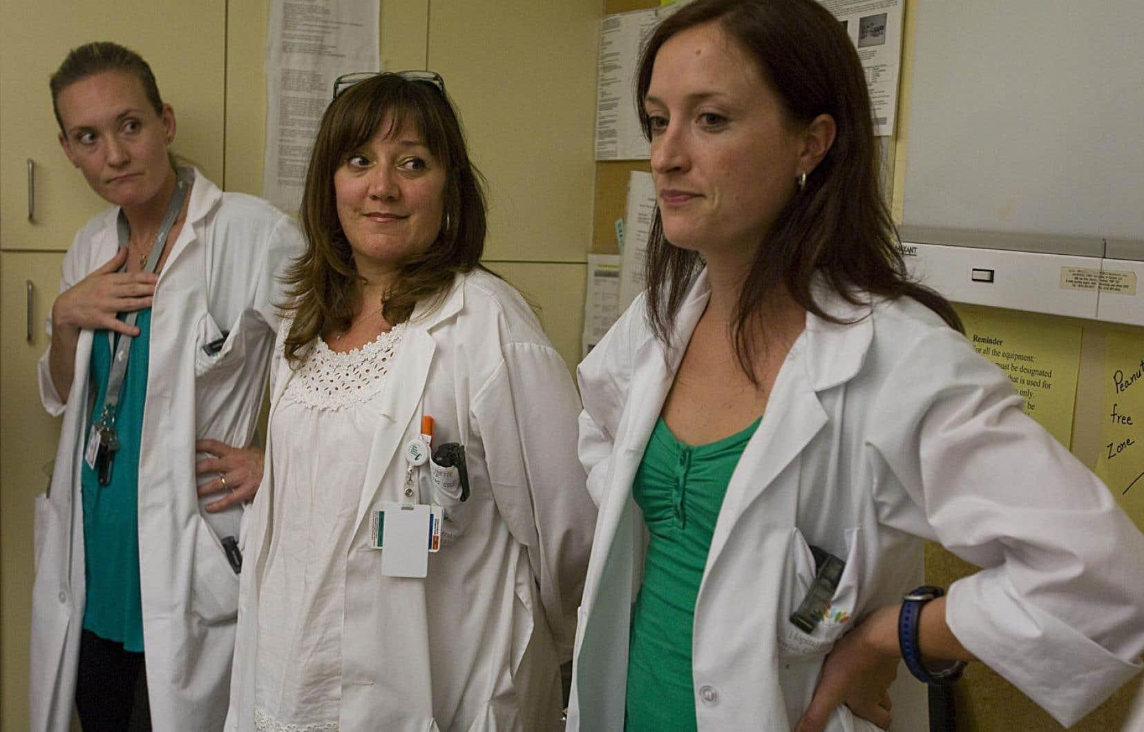La grande majorité des médecins résidents dit ne pas porter de signe religieux, soit 85 %.