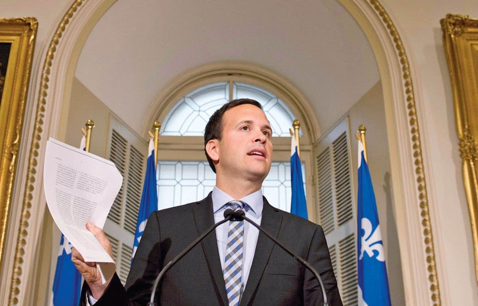 Le ministre des Affaires intergouvernementales, Alexandre Cloutier, a condamné dimanche à Québec la « décision politique » d'Ottawa à l'encontre du Québec.