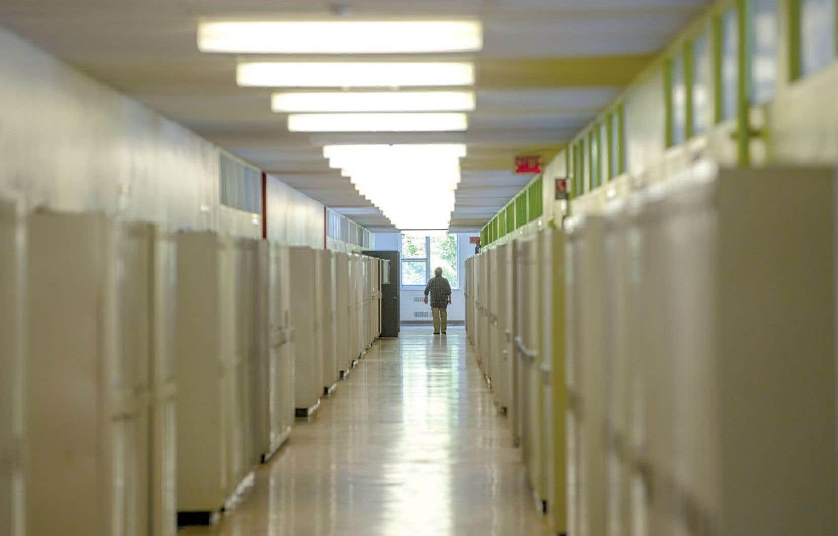 Le quart des répondants se satisferait d'un diplôme d'études collégiales pour leur enfant.