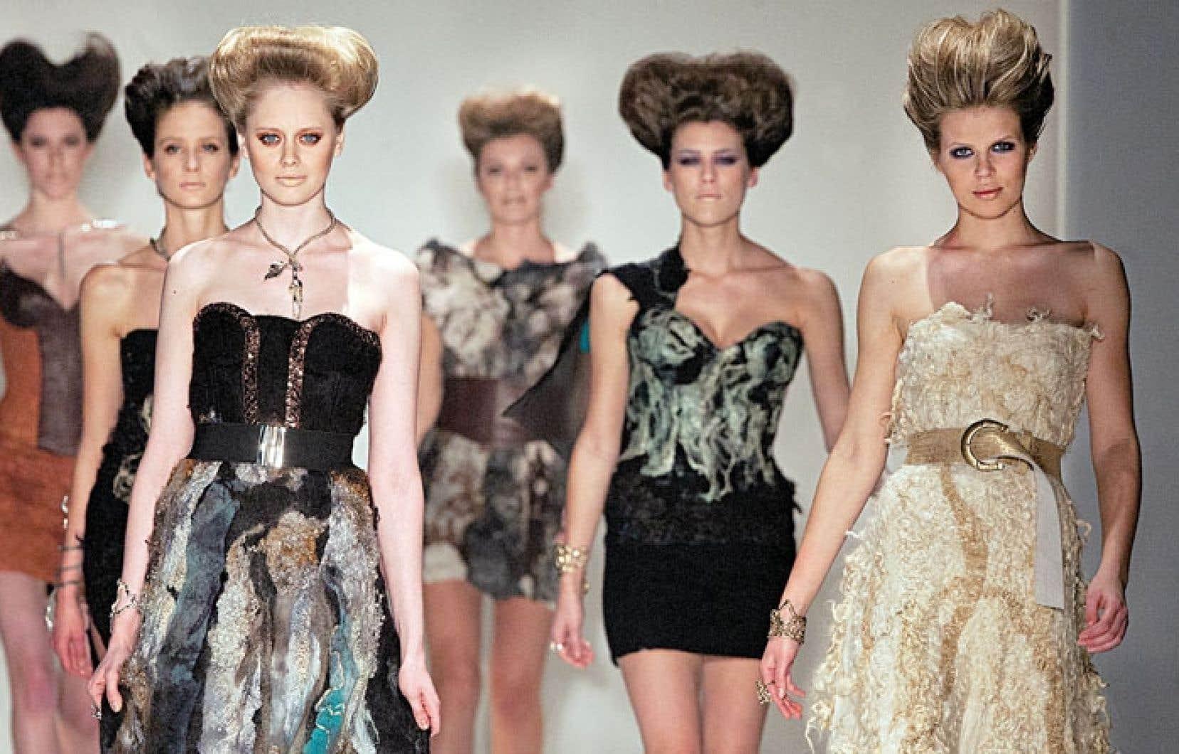 Les valeurs se transforment et l'apparence en témoigne, comme en font foi les défilés de mode.