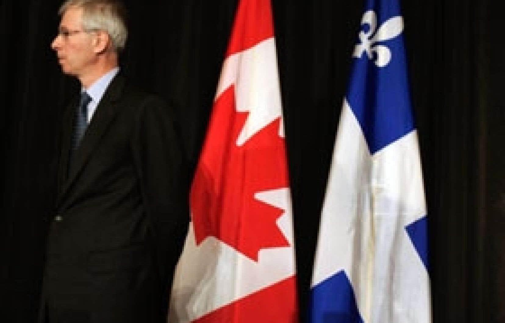 Servant sous Jean Chrétien, Stéphane Dion a, à une certaine époque, demandé à ses collègues du cabinet de cesser de travailler sur des scénarios portant sur la partition du Québec.
