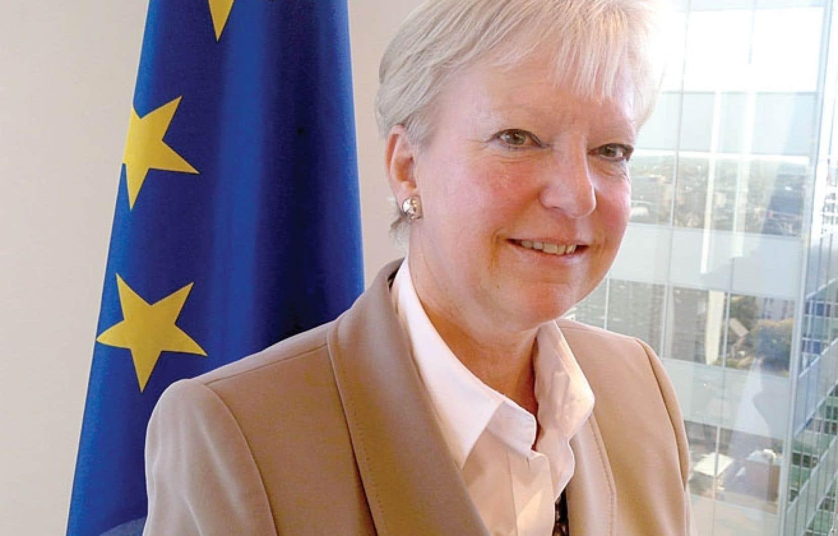 La nouvelle ambassadrice de l'Union européenne à Ottawa, Marie-Anne Coninsx, s'est fixé plusieurs autres missions en plus de se consacrer à l'AECG, notamment celle de s'occuper des programmes d'échange d'étudiants entre le Canada et l'Europe.