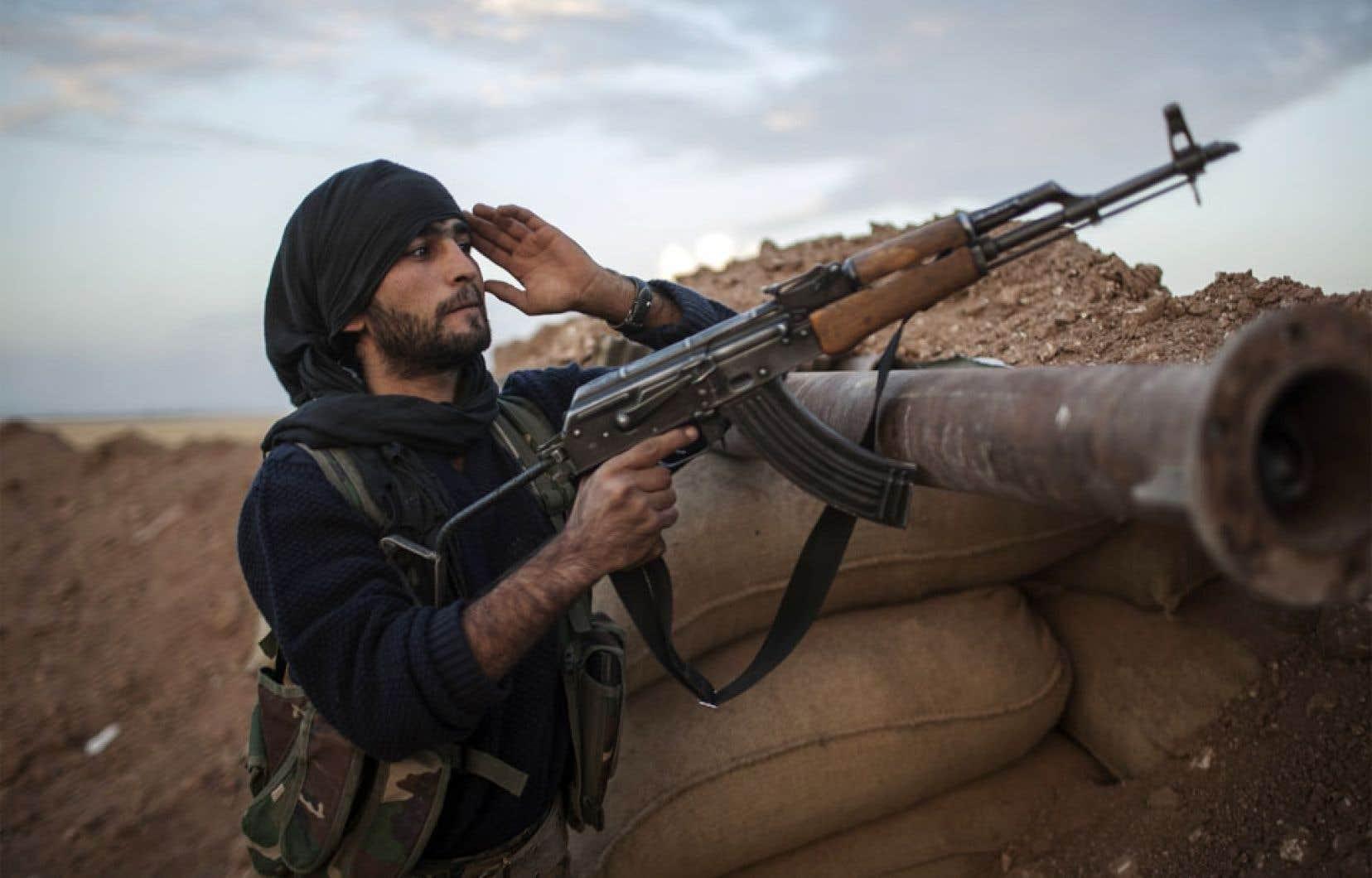 Même s'il demeure plusieurs conflits intérieurs comme celui des Kurdes irakiens, il est faux d'affirmer que les conflits armés s'aggravent dans le monde. Cette évolution à la baisse serait due entre autres à la fin des guerres coloniales et à la «quasi-disparition des conflits interétatiques».