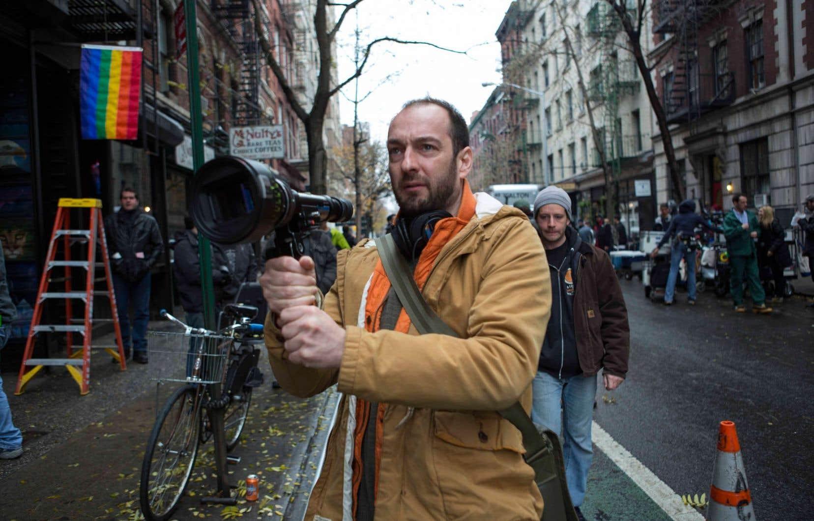 Pour le remake de Starbuck, tourné aux États-Unis, le réalisateur Ken Scott voulait s'entourer d'une équipe croyant au projet.