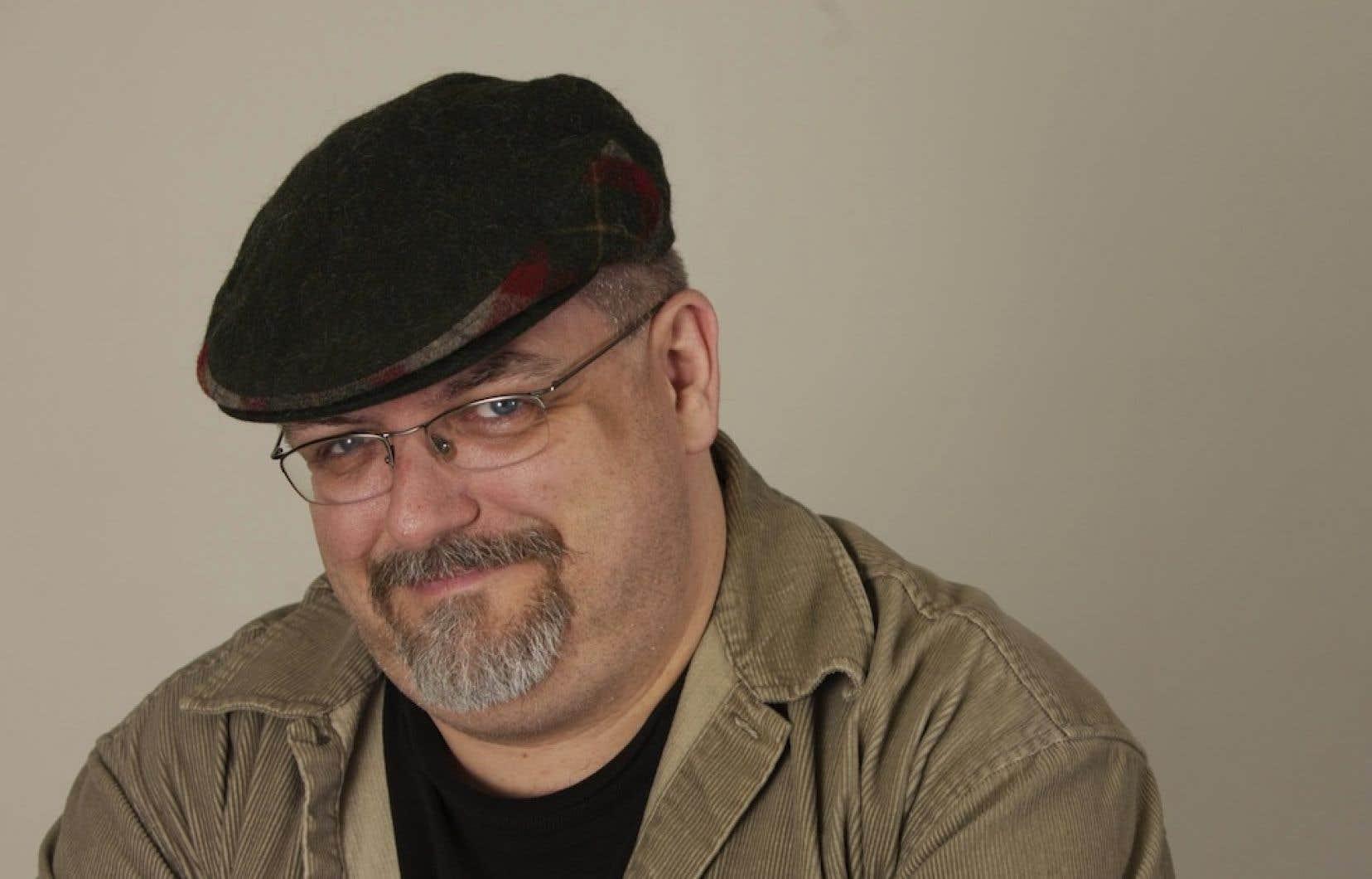 Sylvain Cormier, critique musical au Devoir, a reçu un prix dans la catégorie des entrevues.