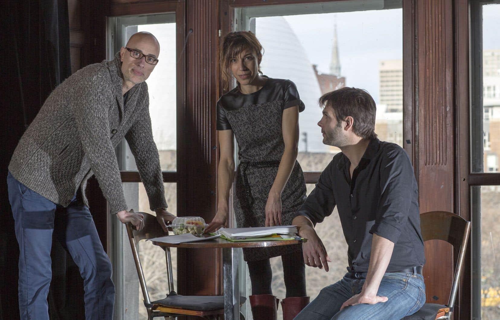 James Hyndman, Evelyne de la Chenelière et Jérémie Niel ont dû plonger profondément dans le dédale amoureux pour cette adaptation de La concordance des temps.