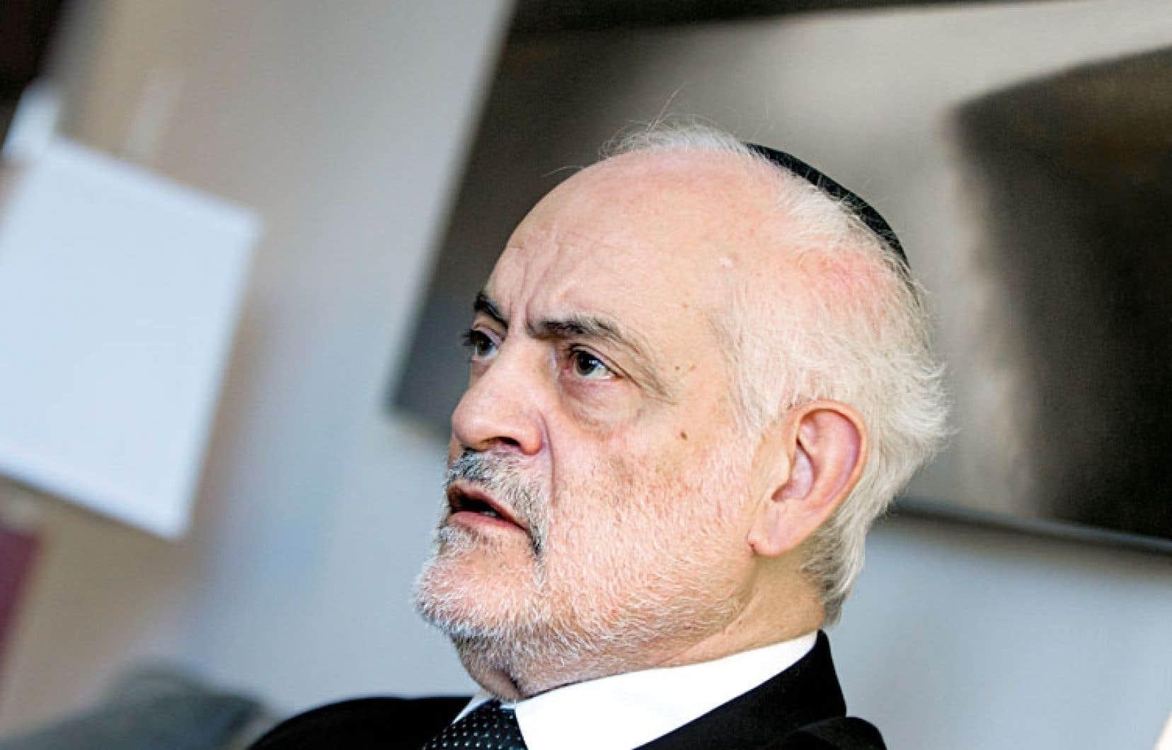Selon le rabbin Michel Serfaty, les Juifs ne voient pas d'inconvénient à demander à leurs enfants de retirer leur kippa pour aller en classe.