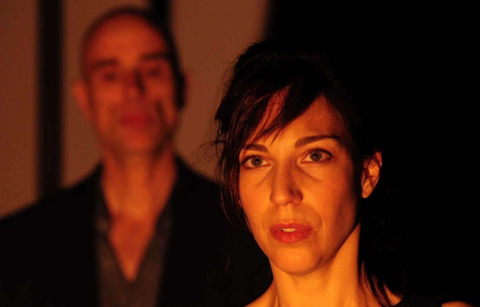 La pièce tirée du roman d'Évelyne de la Chenelière est rendue avec justesse par les deux comédiens.