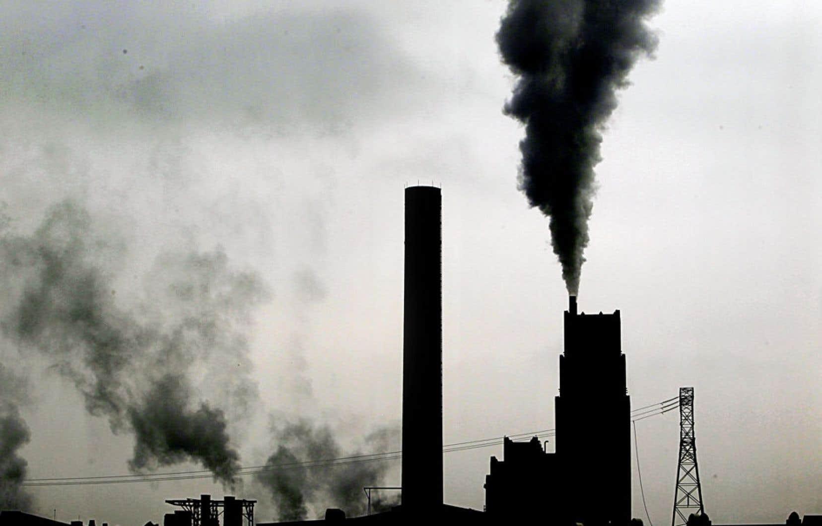 Le Québec doit s'extirper du « déficit carbone structurel » dans lequel il est enfoncé.