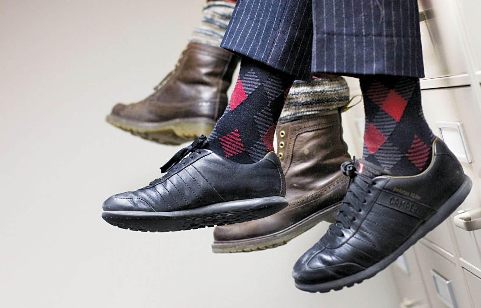La chaussette est l'un des quelques morceaux avec lesquels les hommes peuvent sculpter leur personnalité, eux qui envient aux femmes la robe, la jupe et leur panoplie d'accessoires.