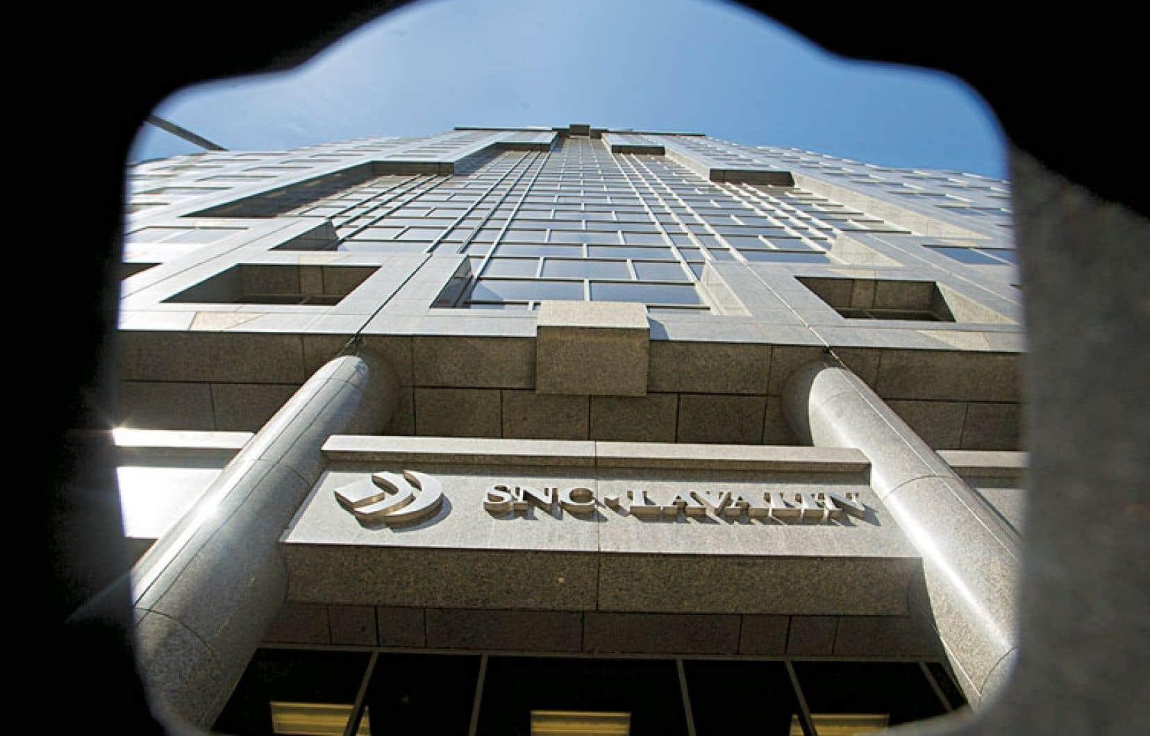 SNC-Lavalin, dont la réputation a été ternie depuis la tenue d'une enquête interne ayant permis de mettre au jour des paiements suspects d'une valeur totale de 56 millions, attend toujours sa certification de l'AMF.