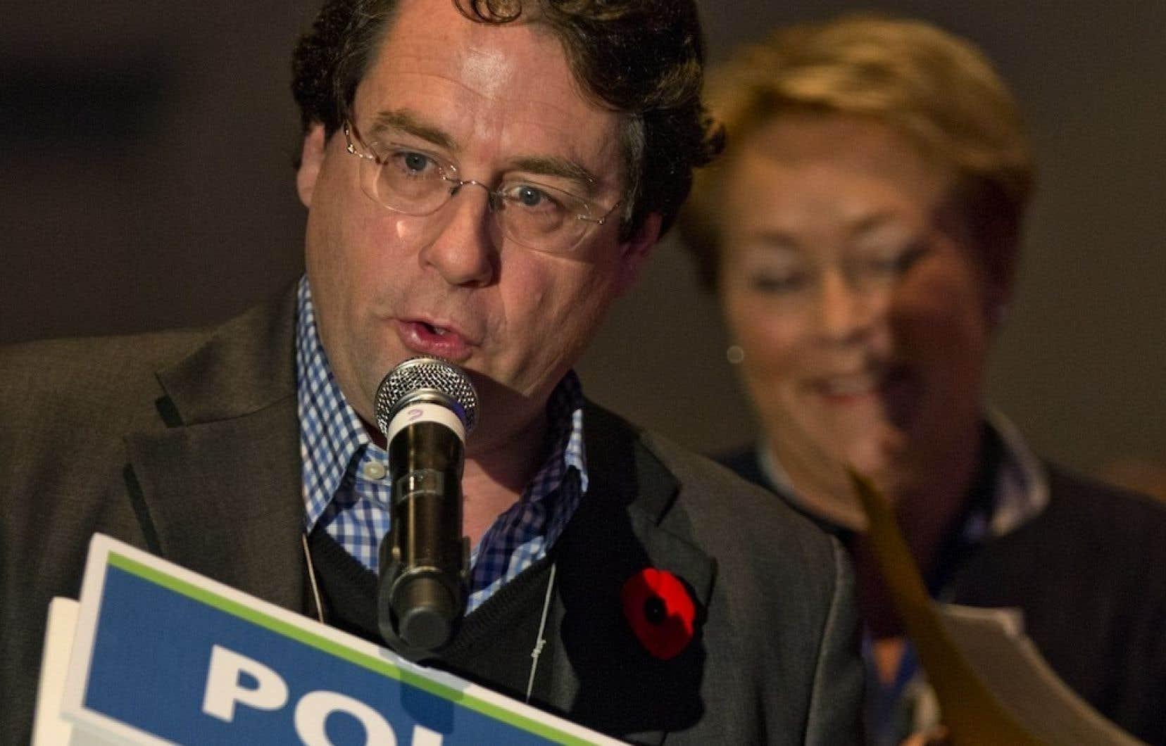 Selon l'attaché de presse de Bernard Drainville, Manuel Dionne, «les Québécois souhaitent que le projet avance, sans brûler les étapes mais sans perdre de temps non plus. C'est aussi la volonté du gouvernement et du ministre.»