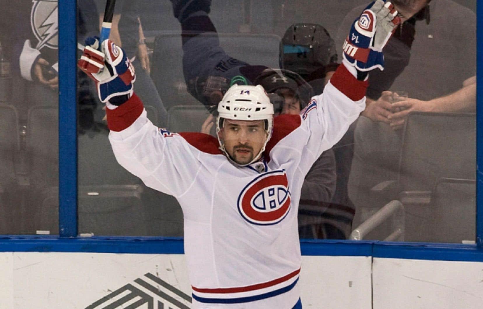 Therrien n'a d'ailleurs pas hésité à lancer des fleurs à ce trio lundi, et il a même déclaré que Plekanec est un candidat sérieux au trophée Frank-Selke remis annuellement par la Ligue nationale de hockey à l'attaquant ayant démontré le plus de compétences défensives.