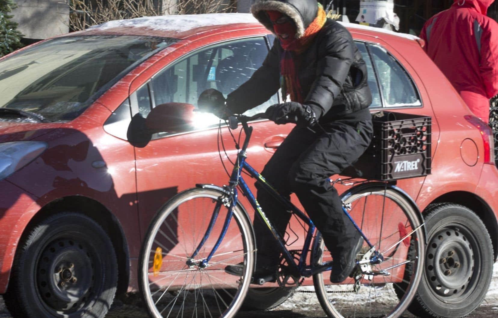 La Ville de Montréal a commandé un rapport à Vélo Québec en raison de la hausse du nombre de vélos dans les rues l'hiver.