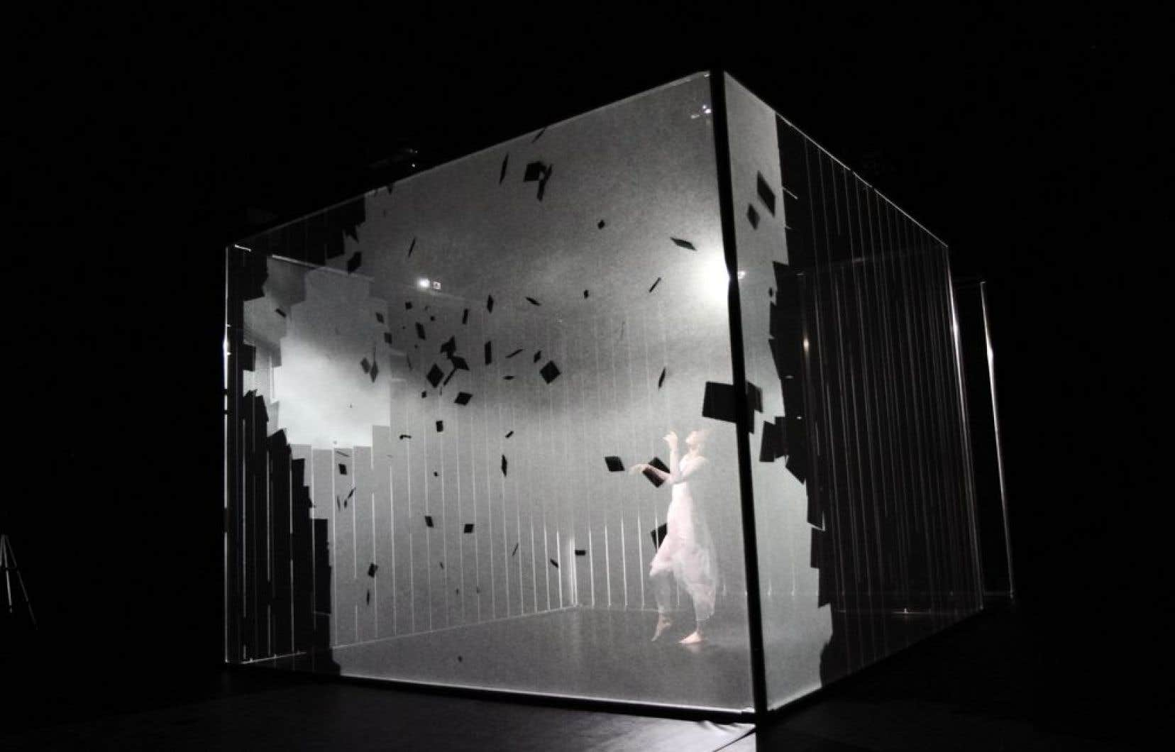 «Hakanaï», d'Adrien Mondot et Claire Bardainne