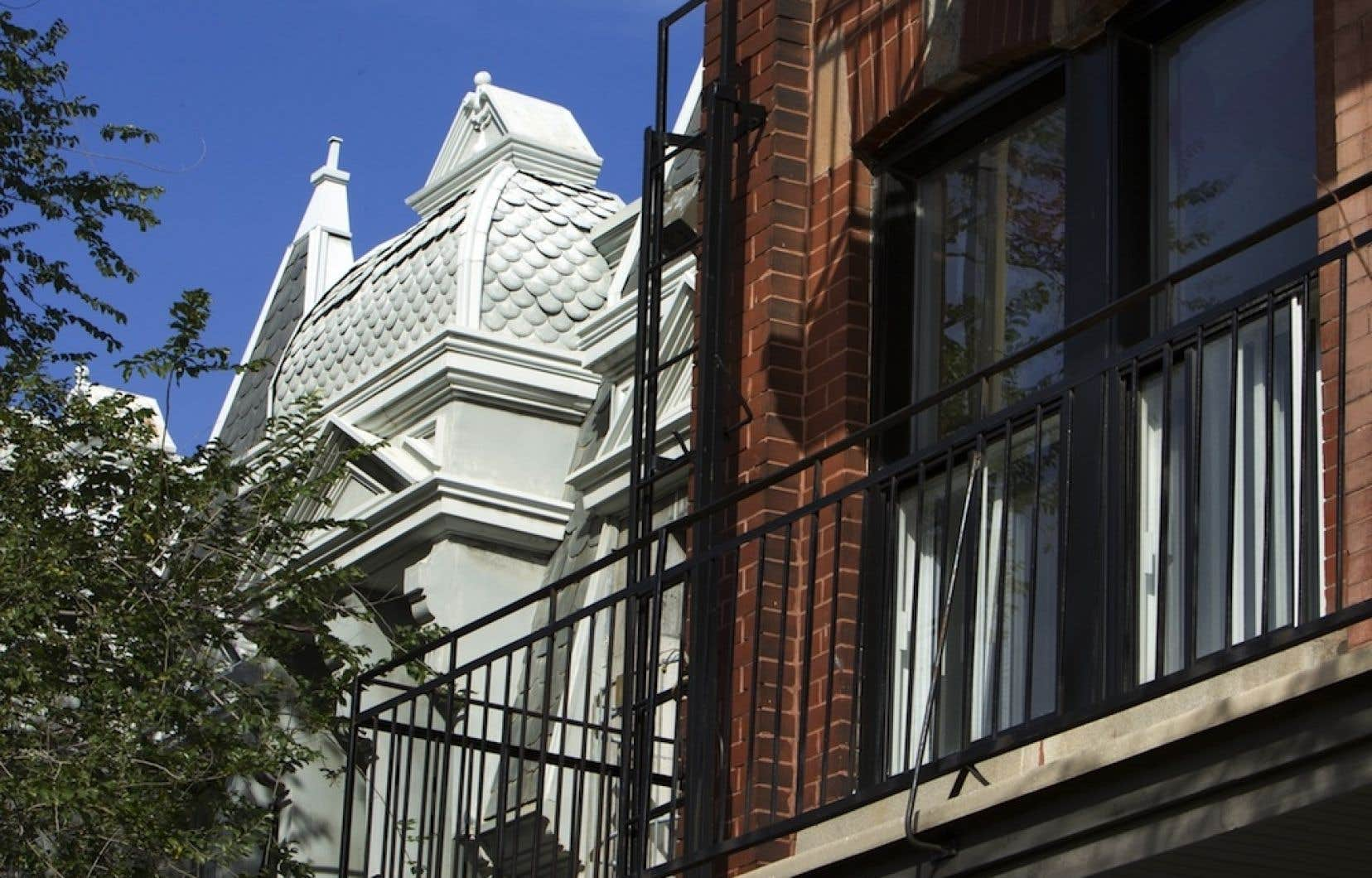 Les différentes associations de propriétaires n'ont pas tardé à critiquer ces taux hypothétiques d'augmentation des loyers, tandis que les défenseurs des droits des locataires ont encouragé ceux-ci à refuser des hausses de loyers jugées abusives.