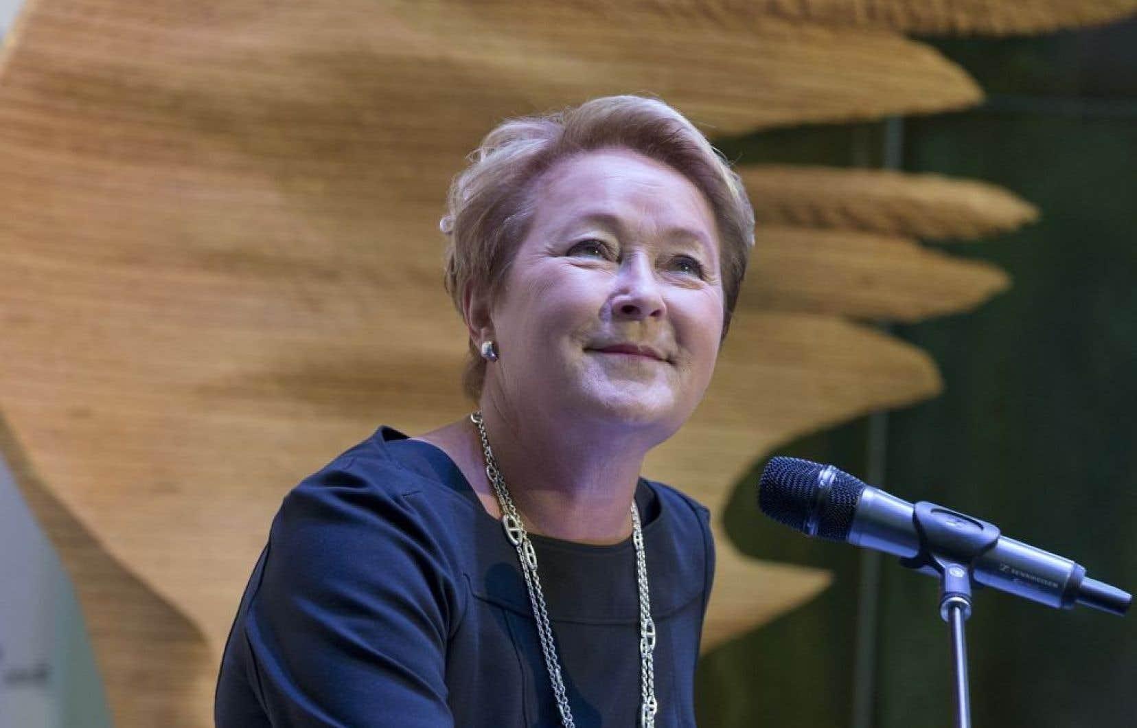 La première ministre en conférence de presse, lundi. La participation globale du gouvernement québécois, qui reste à confirmer après la réalisation des études et le budget de l'État dévoilé, s'élèverait à 18,5 millions.