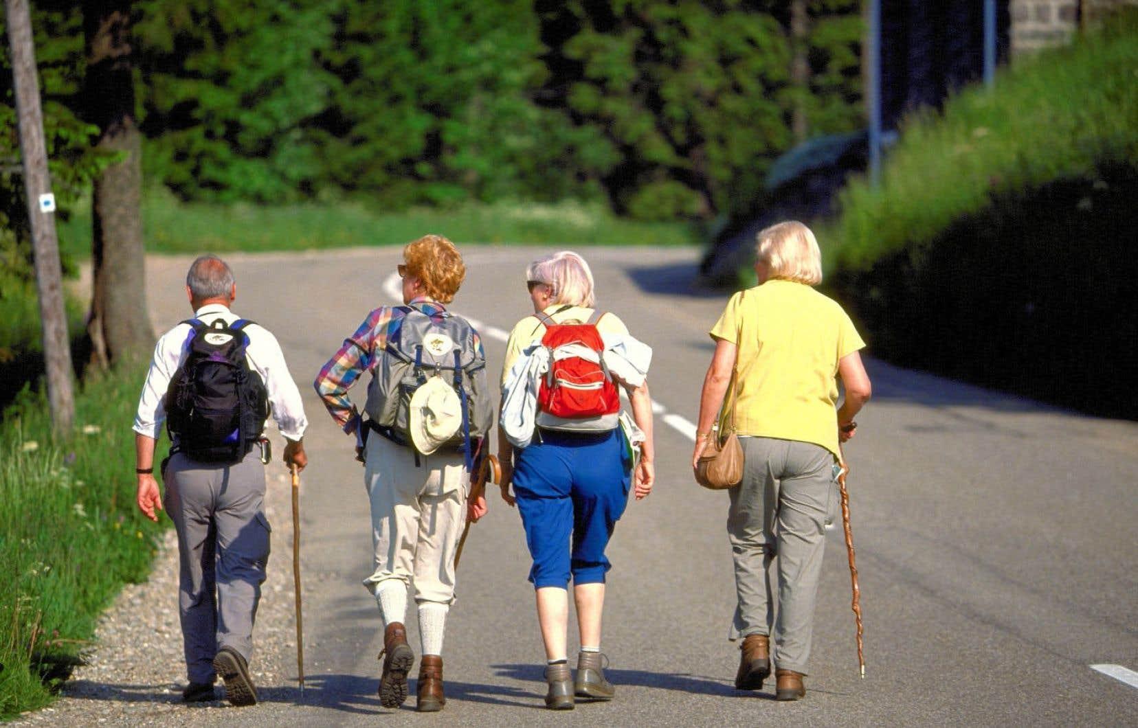 Les experts estiment que, à la retraite, on doit pouvoir bénéficier d'au moins 70% des revenus annuels bruts sur lesquels on pouvait compter auparavant, si on veut maintenir le même niveau de vie.