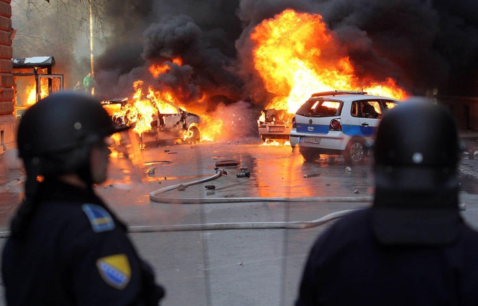 Le siège de la présidence à Sarajevo a été incendié.