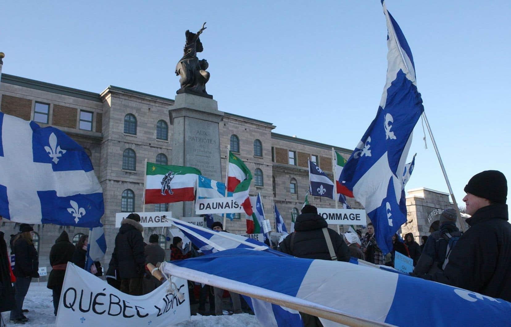 Manifestation sur le site de la prison du Pied-du-Courant en 2009