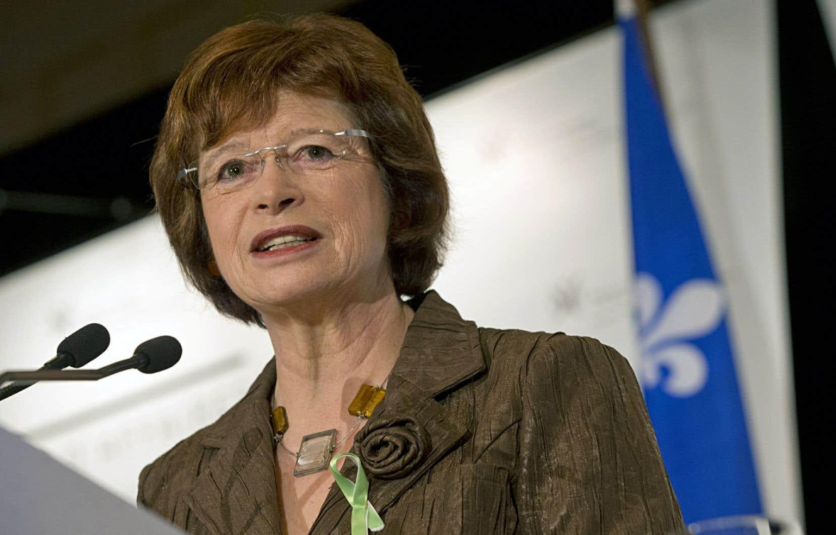 La ministre de l'Éducation Marie Malavoy a annoncé l'implantation de projets-pilotes en histoire dès septembre 2014 dans plus de 90 classes de 3e année du secondaire du Québec.