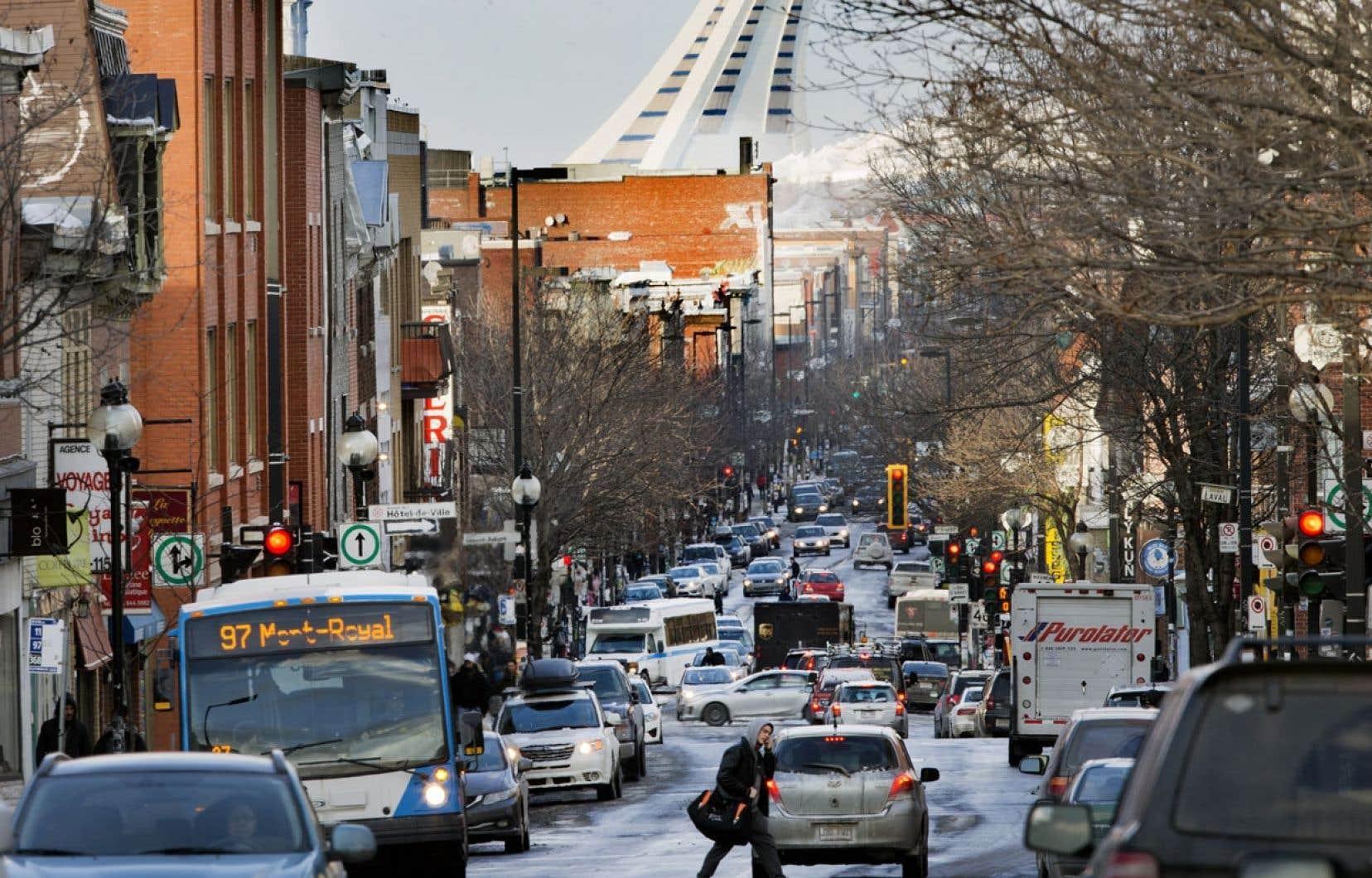 L'instauration de péages pourrait inciter les résidants de l'île de Montréal à faire leurs achats… sur l'île!