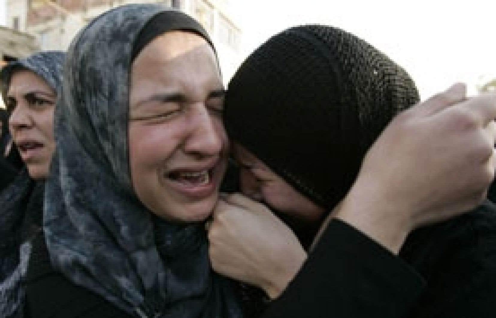 Funérailles chiites dans la capitale libanaise, hier.