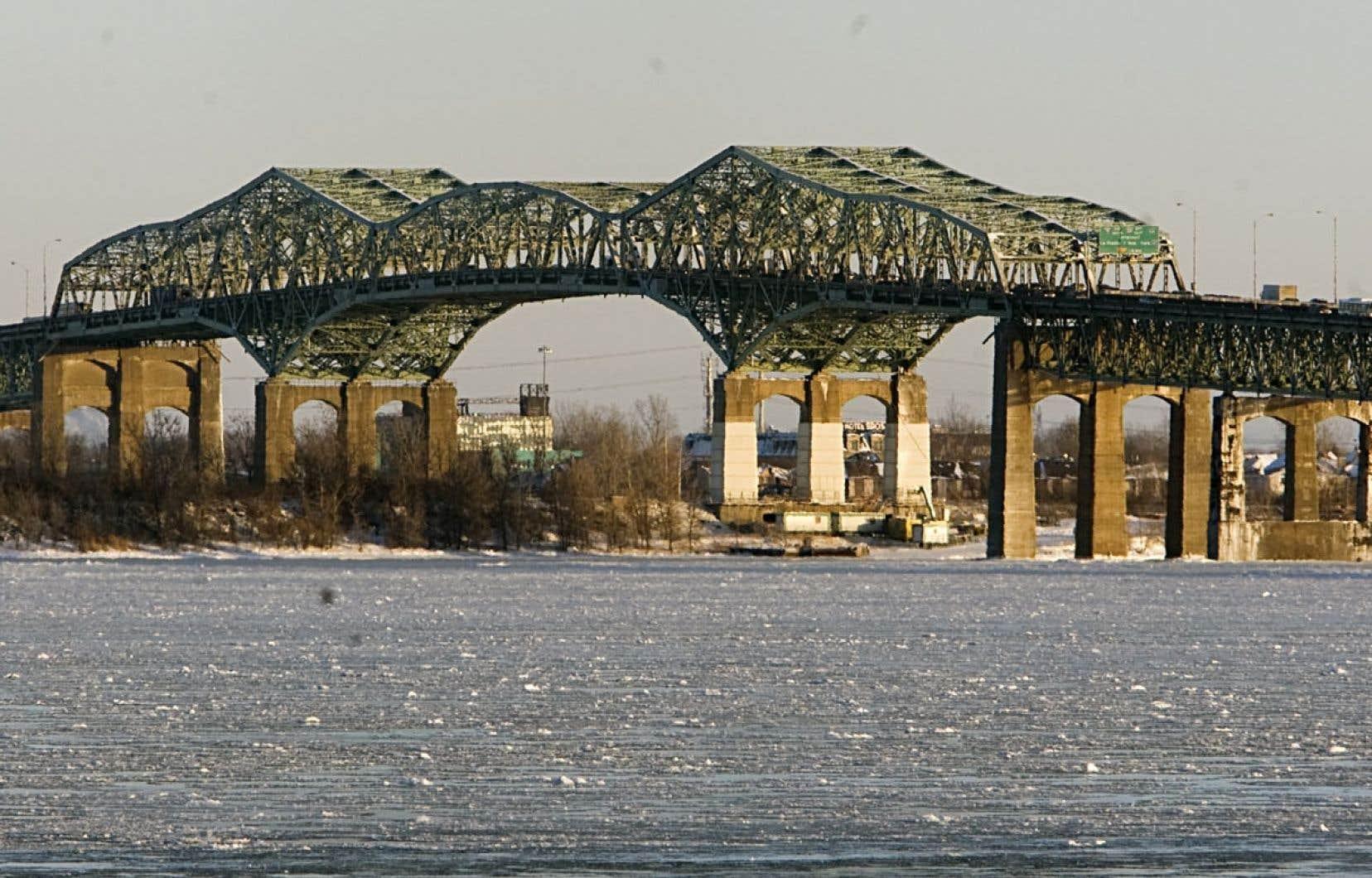 Ottawa estime que la construction du nouveau pont Champlain coûtera entre 2 et 5 milliards.