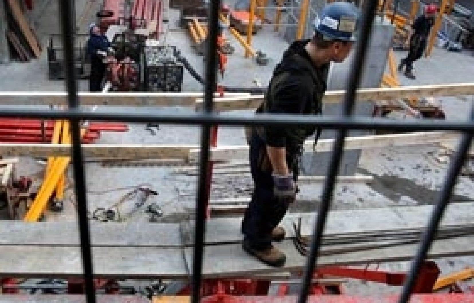 Sur un budget total d'environ 125 millions, la Commission de la construction du Québec consacre 27 millions au combat contre l'évasion fiscale.