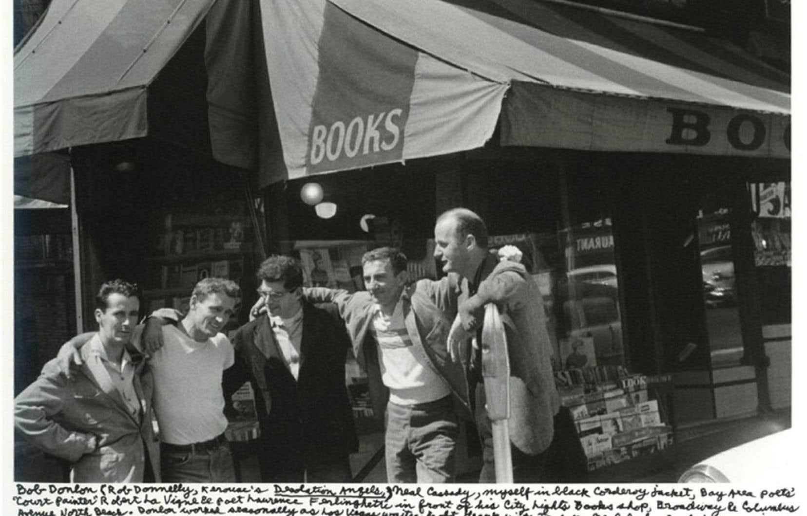 Des figures de la Beat Generation: Bob Donlon, Neal Cassady, Allen Ginsberg, Robert Lavigne et Lawrence Ferlinghetti.