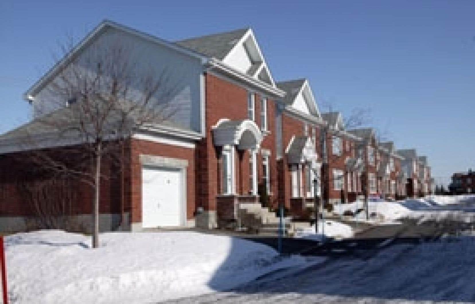 La hausse annuelle des prix à Montréal ne dépasse plus les 20 % comme avant, mais oscille plutôt entre 2 % et 2,5 %.