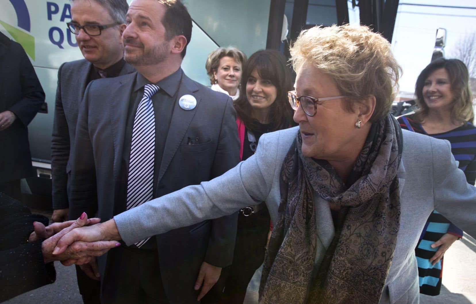 Pauline Marois a nié catégoriquement mardi les informations contenues dans un reportage de Radio-Canada diffusé la veille. Elle a assuré que Claude Blanchet n'avait pas amassé de fonds pour sa campagne à la direction du Parti québécois en 2007.