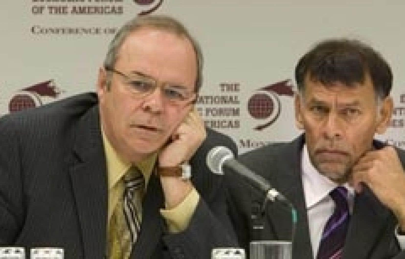 Le président de la FTQ, Michel Arsenault, et le secrétaire général de la Confédération syndicale internationale, Guy Ryder.