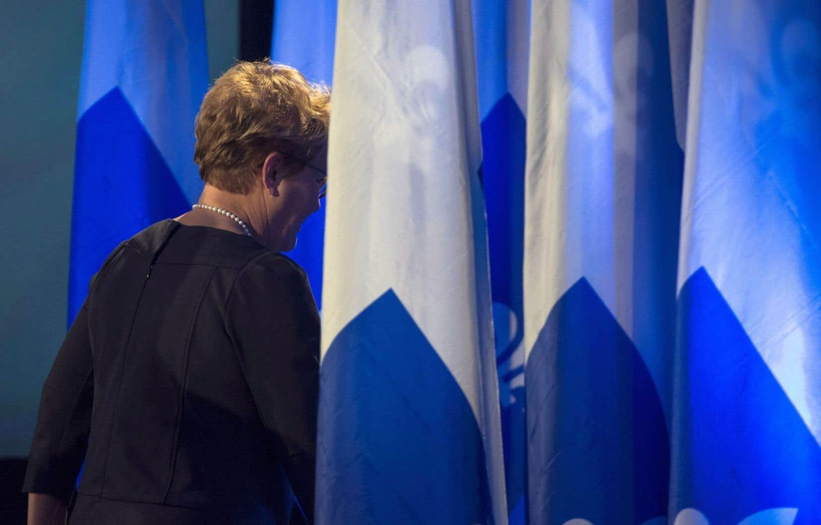 Renoncer pour deux mandats à tenir un référendum, comme l'a évoqué Pauline Marois durant la campagne électorale, ou, pire, abandonner l'objectif de réaliser la souveraineté, c'est ni plus ni moins que saborder le PQ.