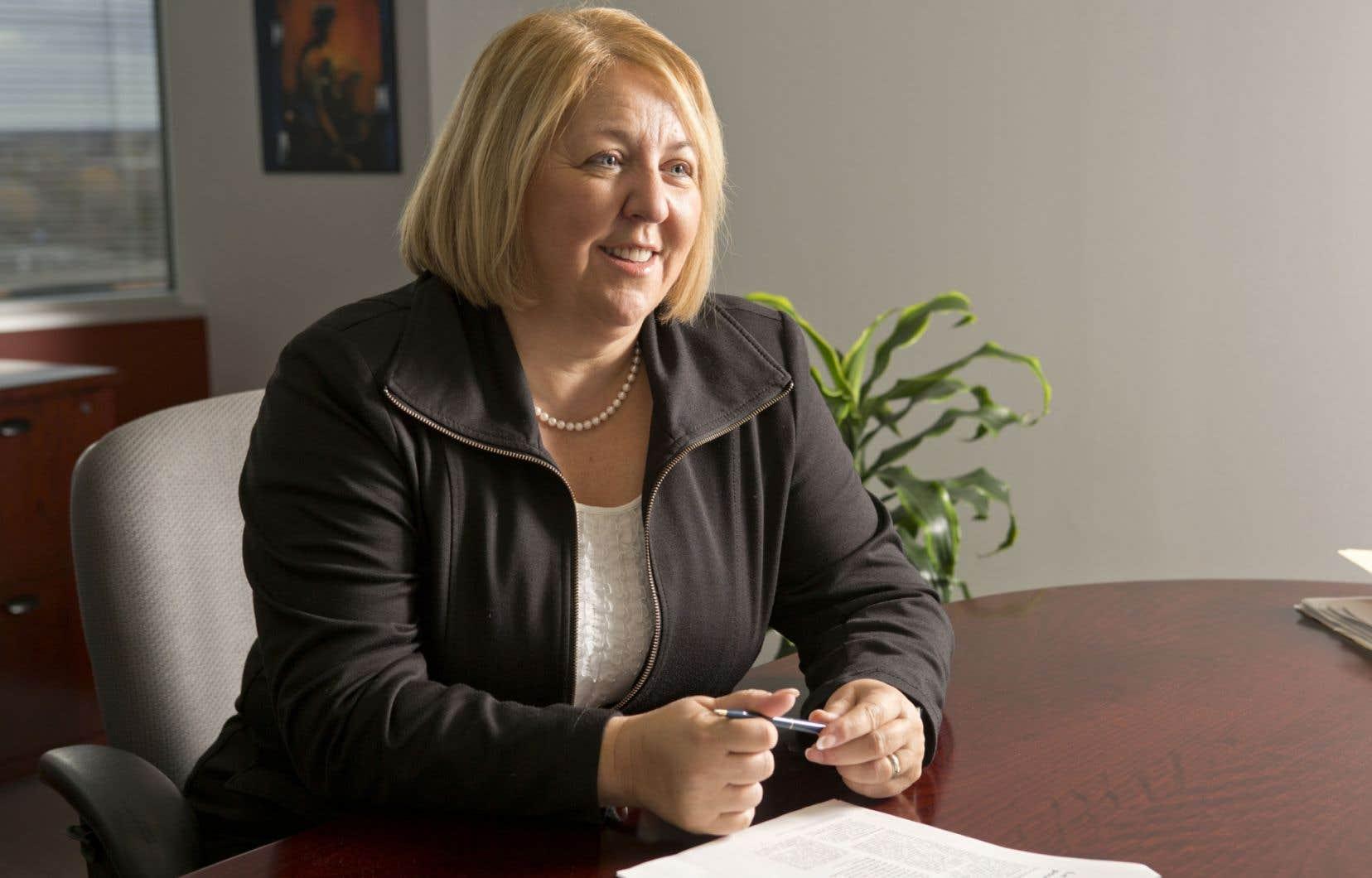 Carole Dubé croit que les coupes dans les budgets de santé et services sociaux vont affecter les services.