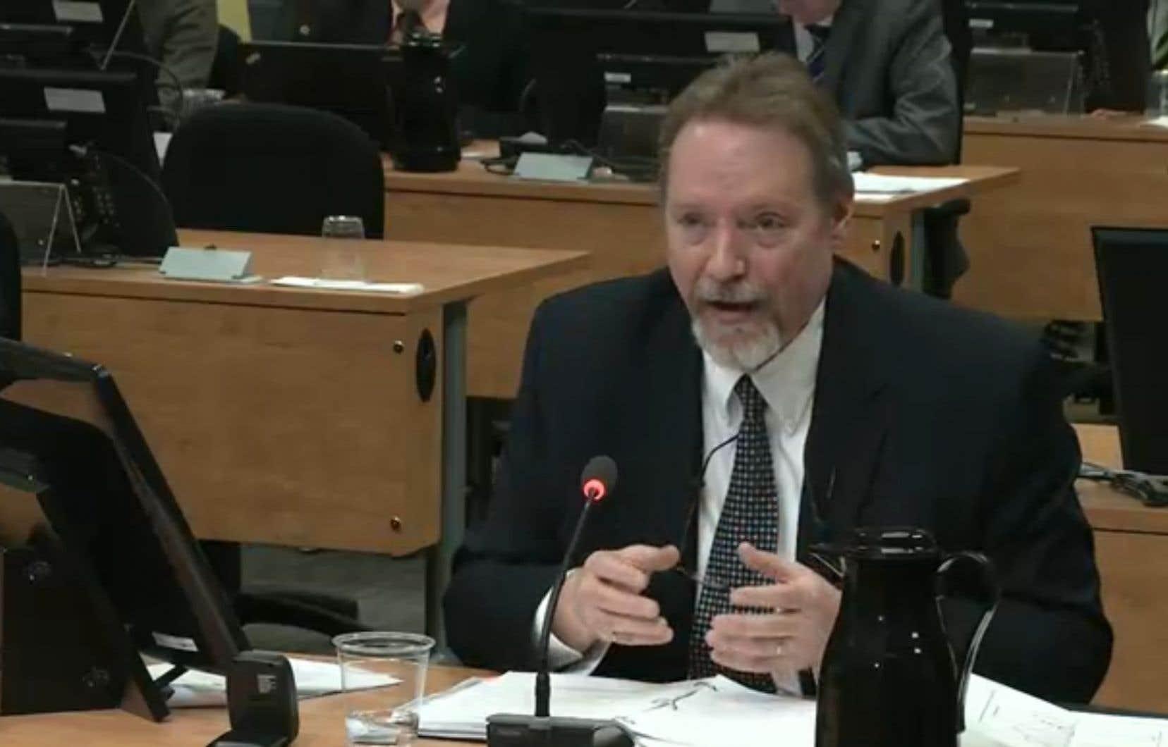 Le syndic adjoint de l'Ordre des ingénieurs du Québec, André Prud'homme, a passé deux ans à enquêter sur ce stratagème. Il ignore ce qu'il est advenu des 200 000 $.