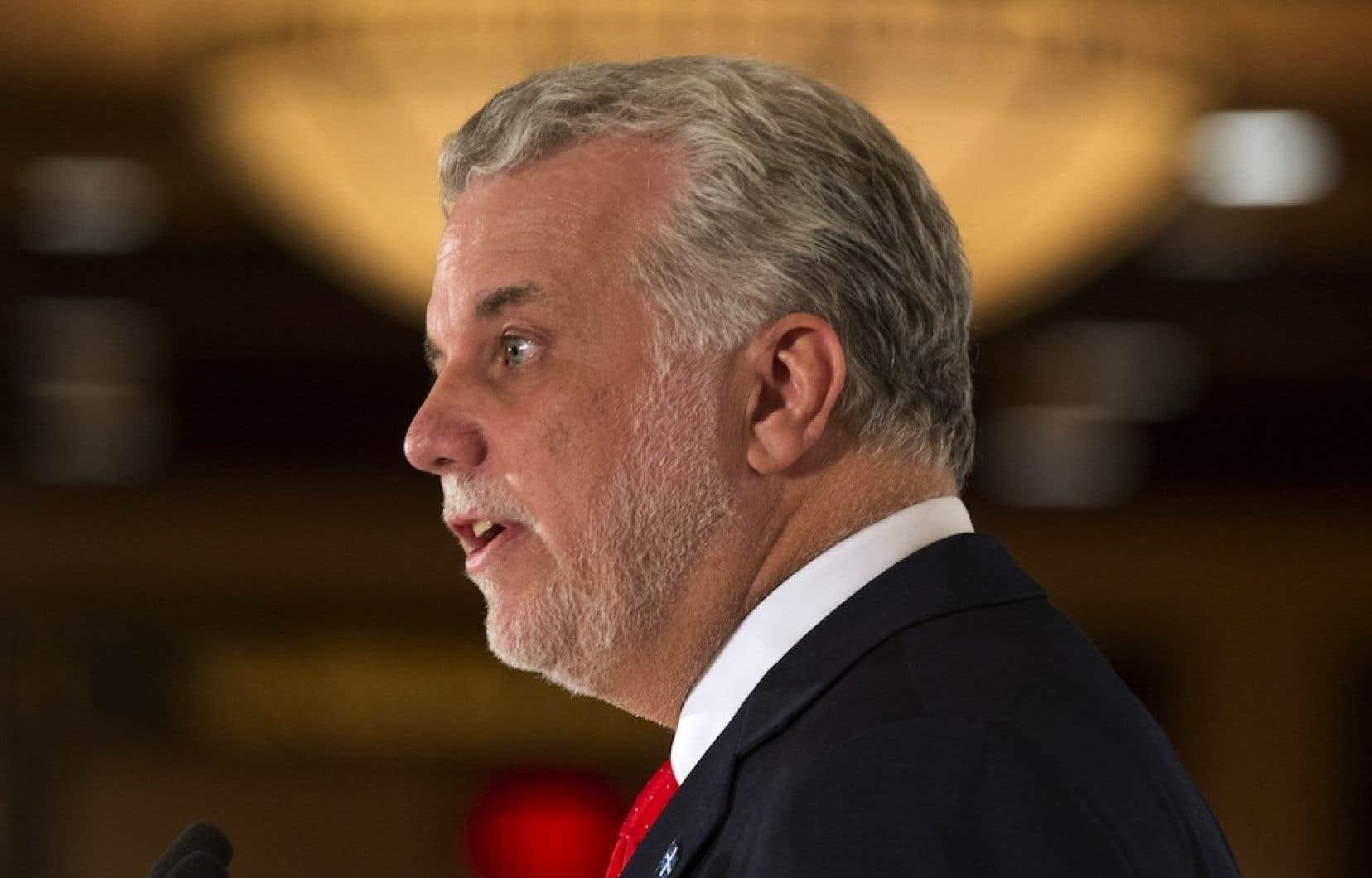 Le premier ministre Philippe Couillard a dit vouloir examiner toutes les propositions pour assainir les finances publiques