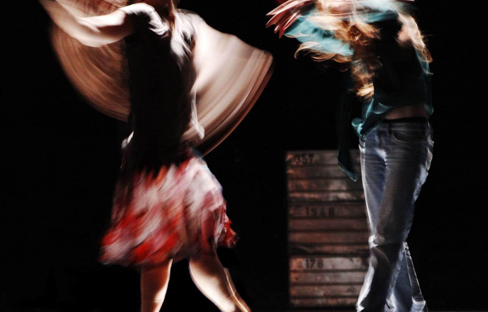La danse-th&eacute;&acirc;tre <em>Trust</em>, en mai 2011