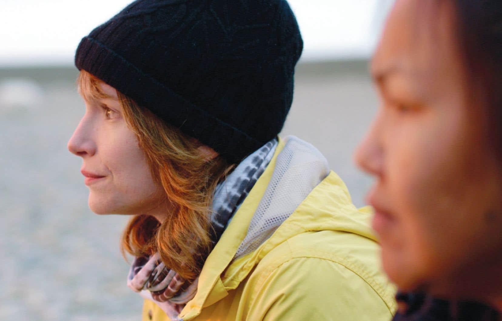 Uvanga se penche sur une communauté de l'île de Baffin.